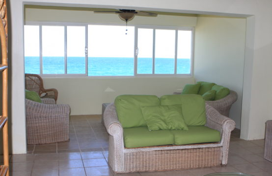3 Bedroom Condo For Sale in Island Paradise